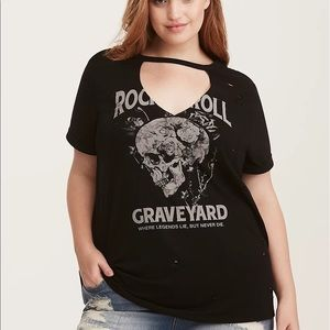 TORRID Skull Graphic Cutout Tee Size 2X